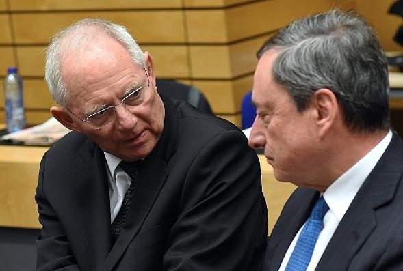 Nullzinspolitik: Schäuble verschärft Ton gegen EZB-Präsident Draghi