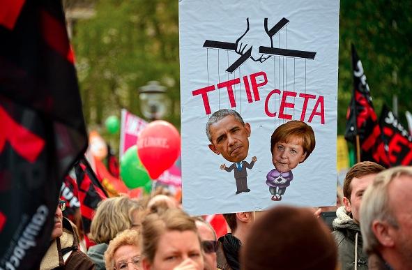 Anti-TTIP und CETA Demonstration am 23. April in Hanover Foto: Sascha Schuermann/Getty Images
