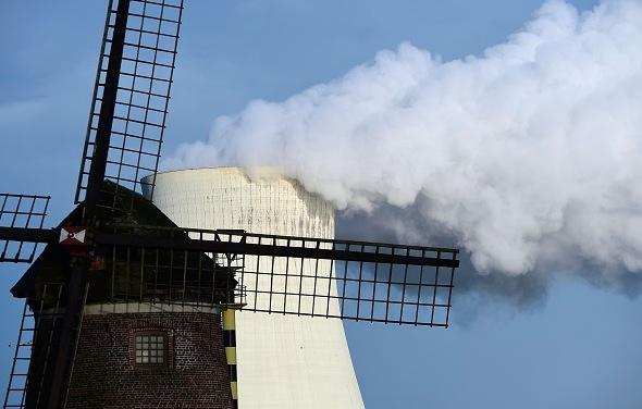 Atomkraftwerk in Belgien Foto: EMMANUEL DUNAND/Getty Images