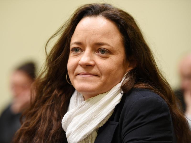 Weitere Fragen angekündigt: NSU-Richter setzen Vernehmung von Zschäpe fort