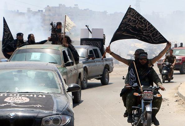 Anhänger der Terror-Miliz Islamischer Staat in Syrien Foto: Getty Images
