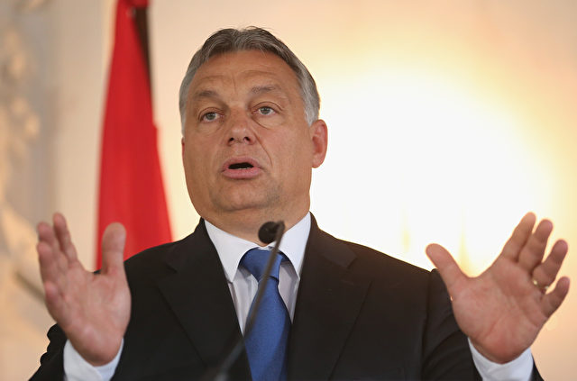 Viktor Orban, Premierminister von Ungarn, spricht zu den Medien bei einem Treffen der CSU bayerischen Christdemokraten Bundestagsfraktion in Kloster Banz am 23. September 2015 in Bad Staffelstein. Foto: by Sean Gallup / Getty Images