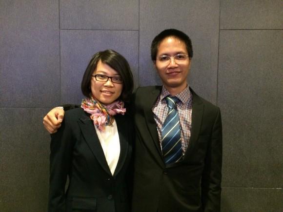 Herr Son Nguyen (R) und seine Frau Thao Thanh Nguyen nach der New York Erfahrungsaustausch-Konferenz am 15. Mai 2016.