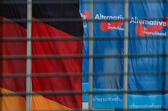"""""""Politisch motiviertes Gewaltverbrechen"""": Sprengstoffanschlag auf AfD-Zentrale in Kiel"""