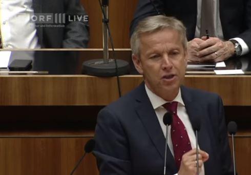 Österreich: Sozialhilfe für Hassprediger – ÖVP-Klubchef Lopatka empört