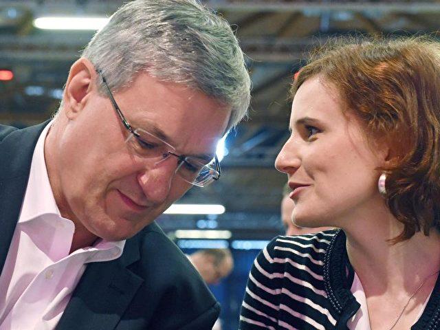 Katja Kipping und Bernd Riexinger führen die Linke seit vier Jahren. Foto: Hendrik Schmidt/dpa