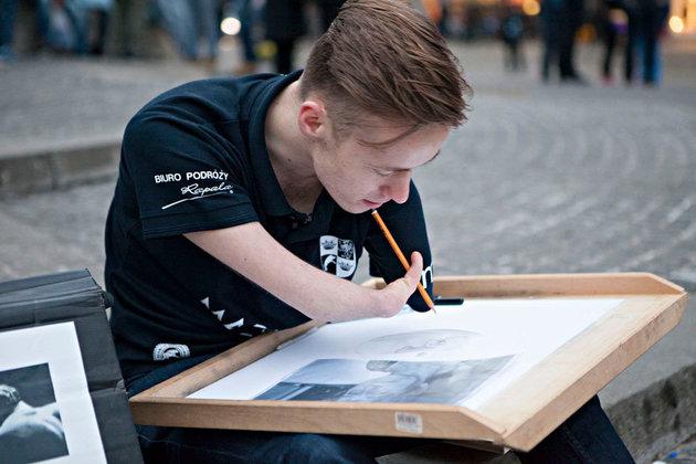 Mariusz Kędzierski bei der Arbeit.