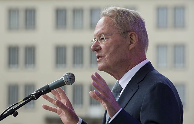 Hans-Olaf Henkel in Aktion. Foto: JOHN MACDOUGALL/AFP/Getty Images