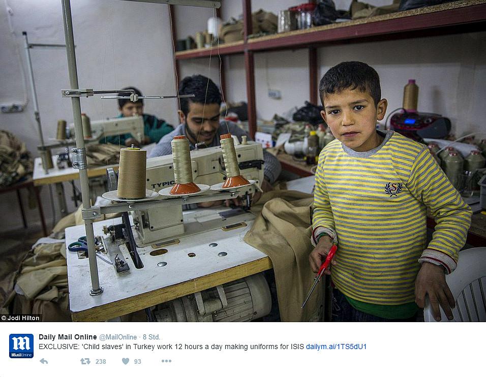 Kinderarbeit in Türkei: IS-Uniformen von 9-jährigen syrischen Flüchtlingen genäht