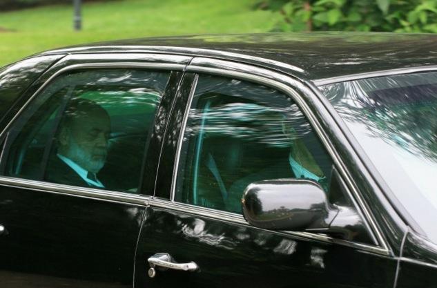 Der Ökonom und ehemaliger FED-Chef Ben Bernanke beim Verlassen der Bilderberg-Konferenz in 2008.