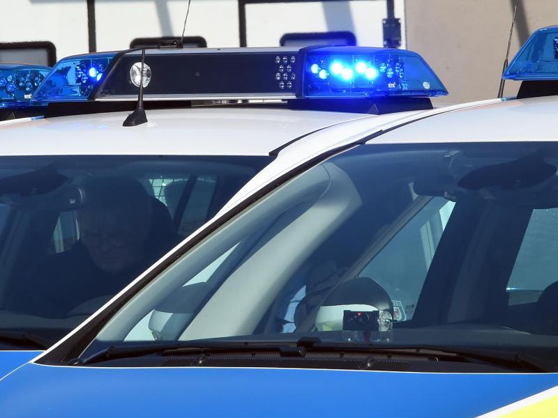Ertappter Drogendealer bricht ziviler Kommissarin das Jochbein