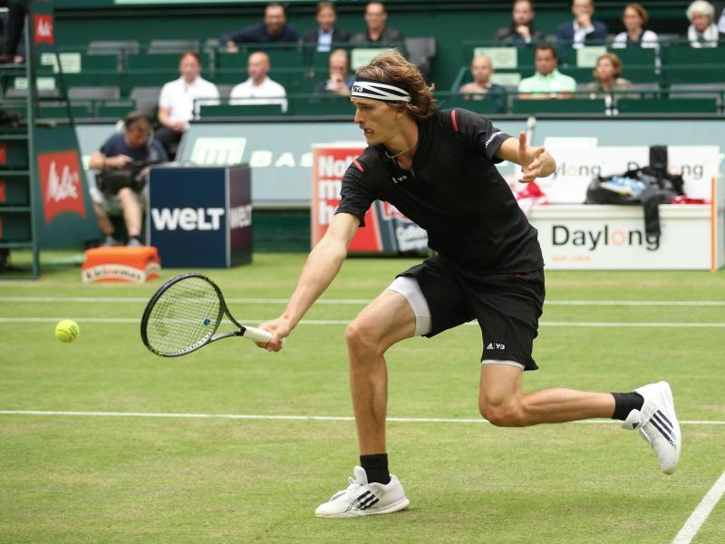 Federer trifft in Halle auf Alexander Zverev