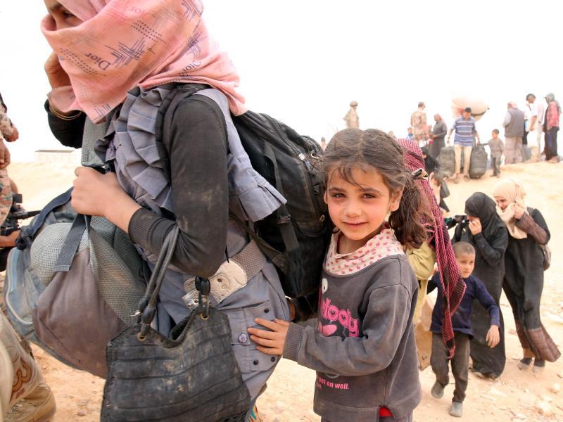 Nach IS-Selbstmordanschlag: Jordanien will wieder Hilfslieferungen an Flüchtlinge im Grenzgebiet erlauben