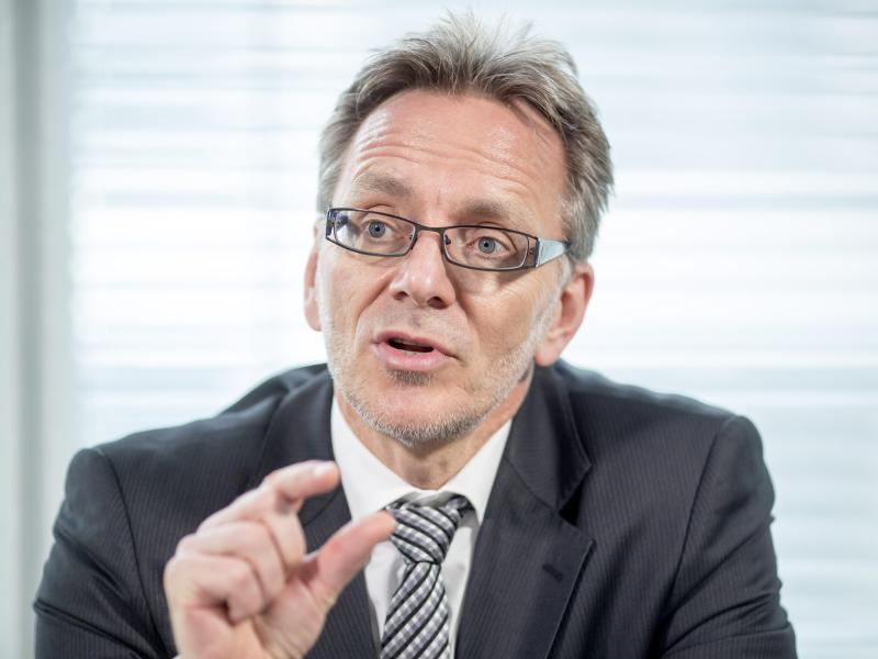 """BKA-Chef will mehr Zugriff auf Smartphones: """"Freiheit im Netz darf keine Strafverfolgungsfreiheit sein"""""""