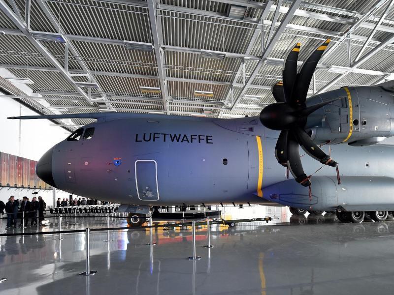 Probleme ohne Ende beim A400M der Bundeswehr:Zwei Triebwerke kaputt