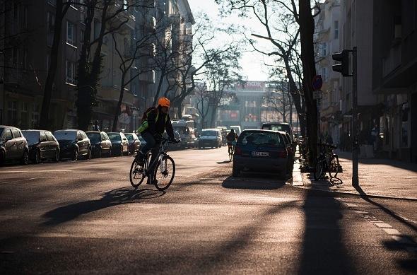 """""""Gefährlicher Unfug"""": GdP gegen Vorschlag, rote Ampel für Radfahrer abzuschaffen"""
