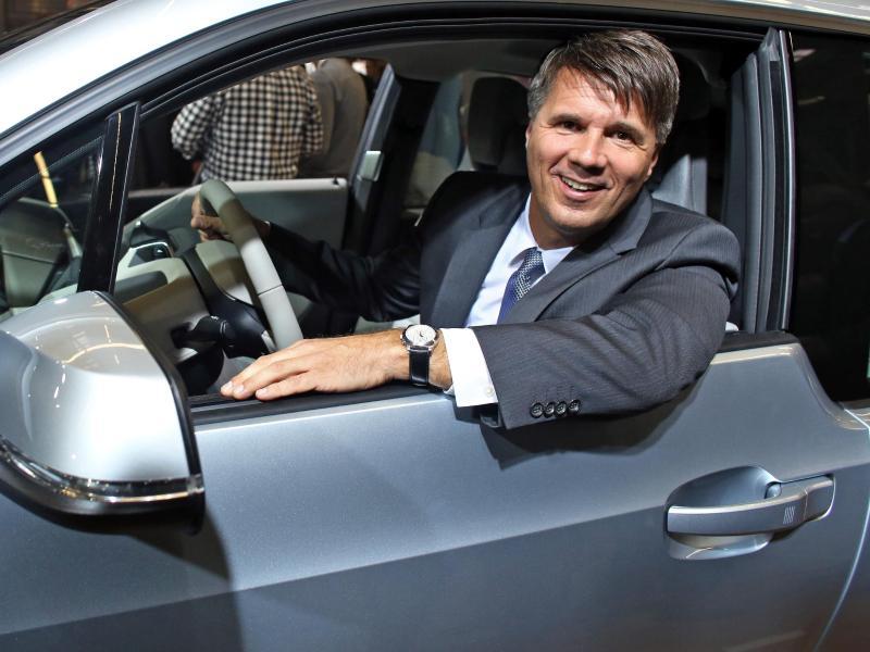 BMW will 2021 selbstfahrendes Auto anbieten
