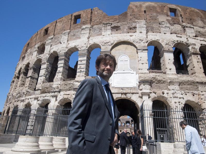 500-Euro-Kulturscheck: Zahlreiche Jugendliche in Italien tauschen ihn in Geld um, statt Kultur zu lernen