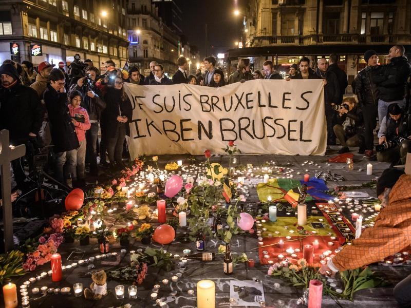 Hohe IS-Kommandoebene befahl Anschläge in Paris und Brüssel