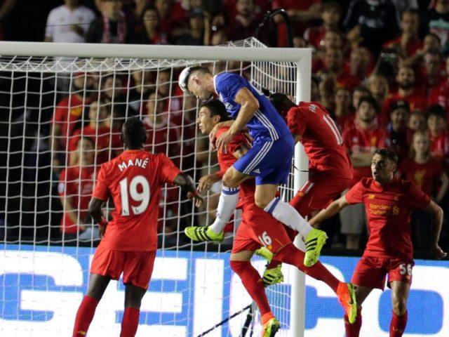 Gary Cahill köpfte in der 10. Minute den Siegtreffer für den FC Chelsea. Foto: Mike Nelson/dpa