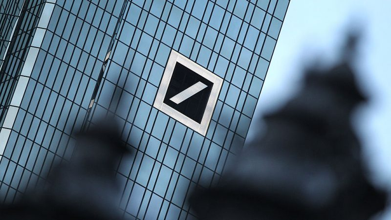 Deutsche Bank in Schieflage. Foto: DANIEL ROLAND/AFP/Getty Images