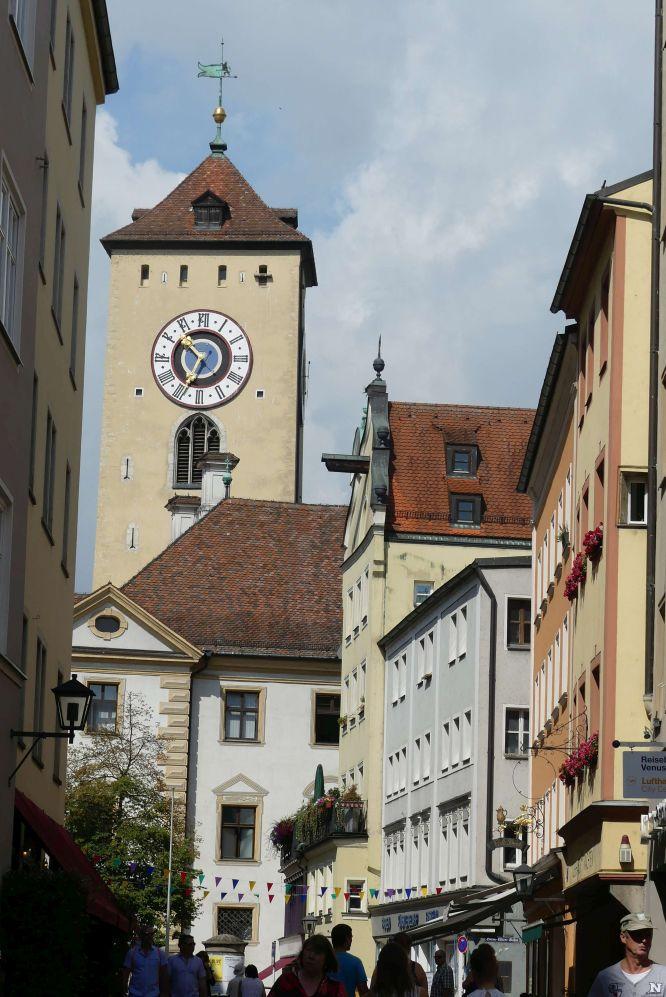 Der Rathausturm in der Regensburger Altstadt Foto: Bernd Kregel