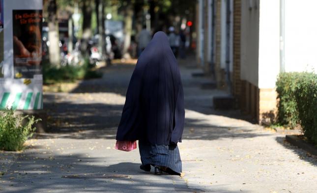 Merkel: Integration mit Vollverschleierung kaum möglich