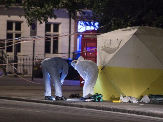 eine tote und mehrere verletzte bei messerangriff in london terror vermutet. Black Bedroom Furniture Sets. Home Design Ideas