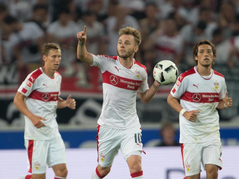 Stuttgart feiert 2:1-Sieg gegen St. Pauli