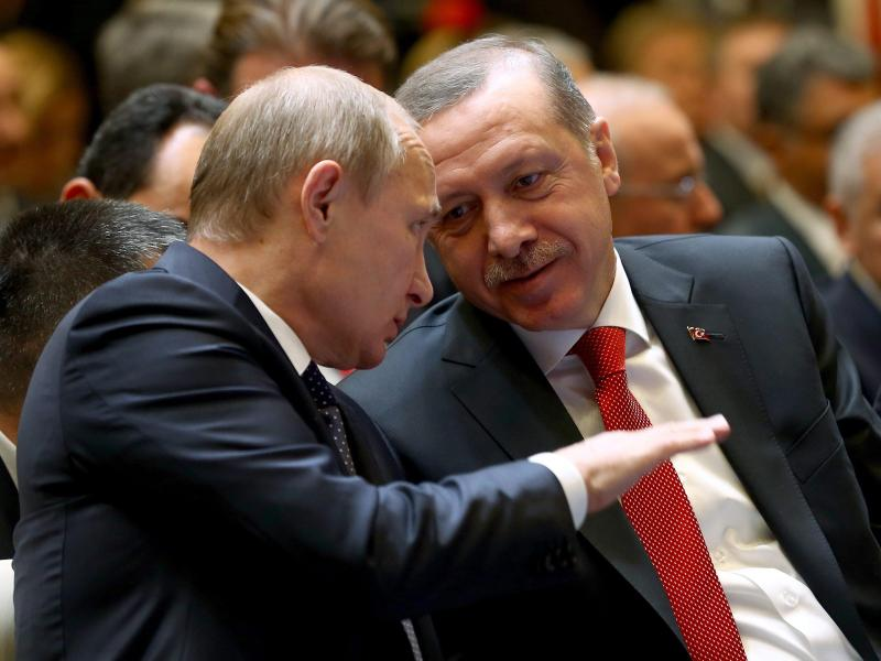 Russland und Türkei wollen Militärkooperation trotz US-Sanktionen fortsetzen