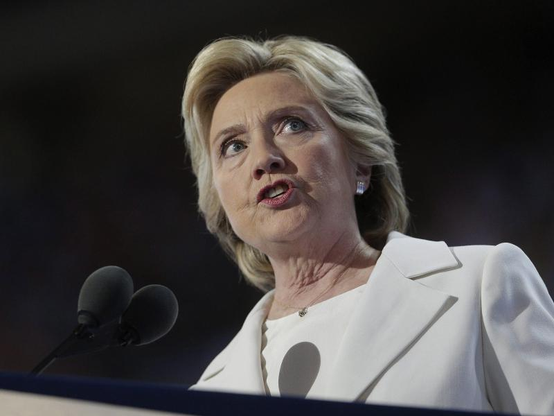 US-Republikaner wollen Clinton wegen Meineides belangen