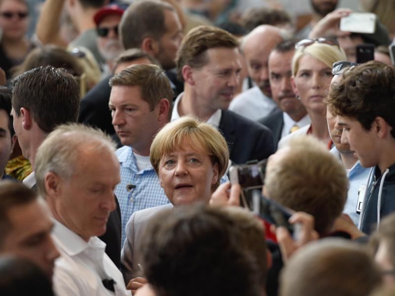"""Die CDU und ihre Sorge vor einer Merkel als """"lahme Ente"""""""