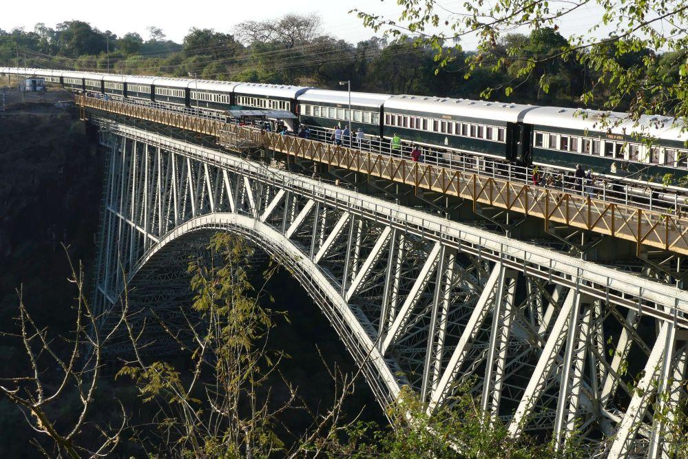 Die Sambesi-Brücke zwischen Simbabwe und Sambia Foto: Bernd Kregel
