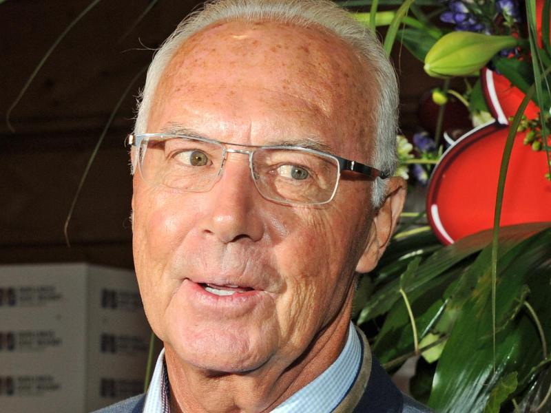 Schweiz ermittelt gegen Beckenbauer: Der Untreue und Geldwäsche beschuldigt