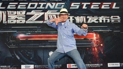 Pro-Peking-Propaganda mit Jackie Chan in Hongkong – Unterschrift eines Toten sorgt für Verwirrung