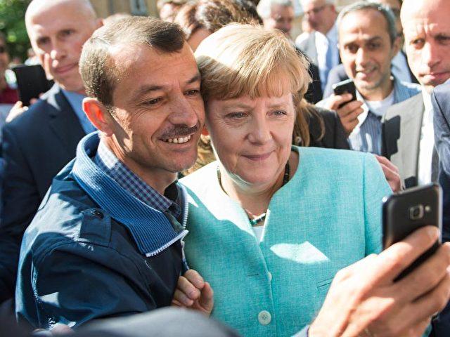 Angela Merkel im September 2015:Der konservative «Berliner Kreis» der CDU ist auch nach ihrem Eingestäs, Fehler gemacht zu haben, mit der Kanzlerin unzufrieden. Foto: Bernd von Jutrczenka/Archiv/dpa