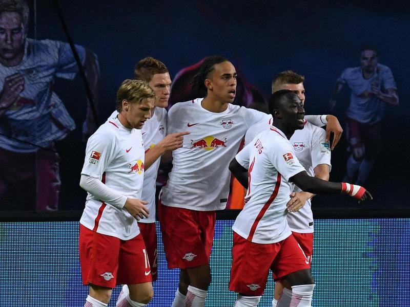Leipzig wirbelt sich zum Rekord: 2:1 gegen Augsburg