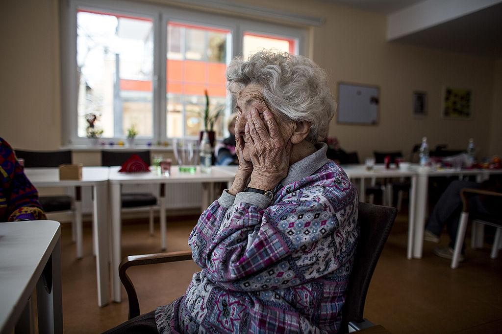 Verdeckte Armut bei Senioren: Armutsbericht beschönigt die Tatsachen