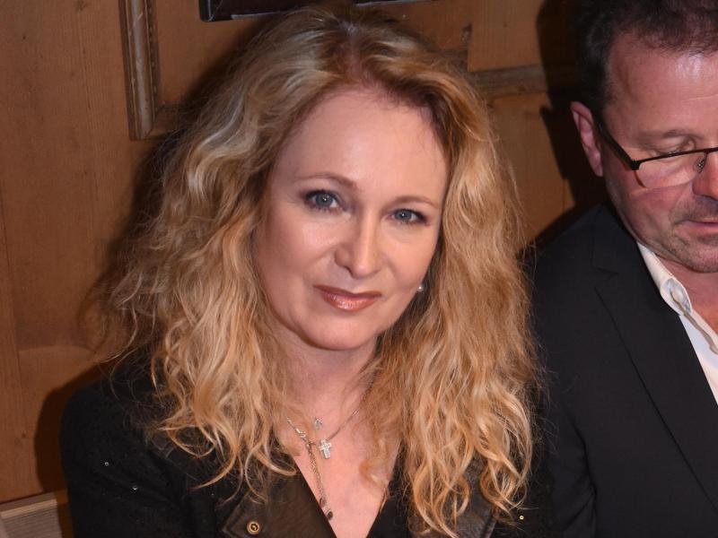 Nicole Ist Im Kaferzelt Bei Ralph Siegels Geburtstag Zu Sehen Foto