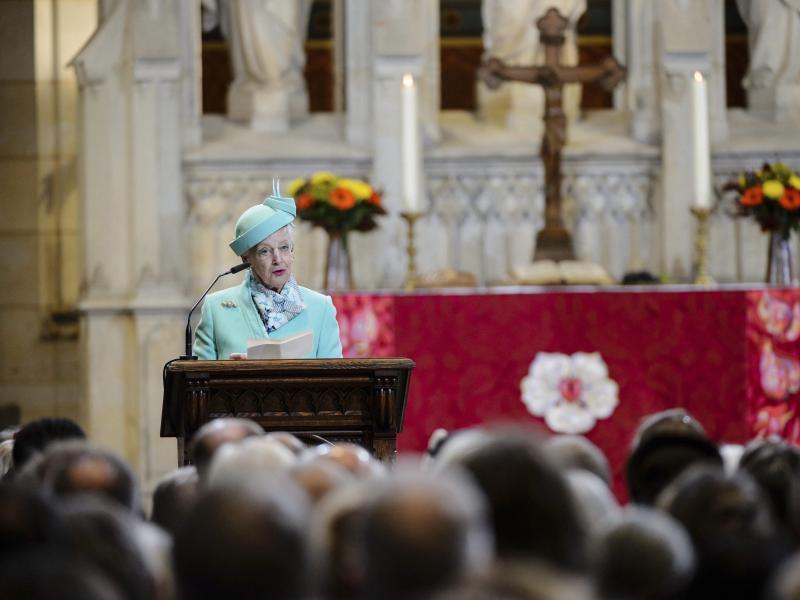Königin Margrethe:Altartuch für Wittenberger Schlosskirche