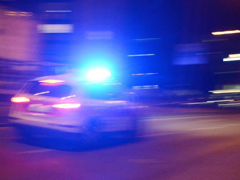 Dortmunder Polizei erteilt 230 Platzverweise bei Einsatz gegen Raserszene