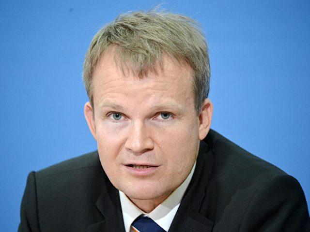 Der Vorstandsvorsitzende der Techniker Krankenkasse, Jens Baas. Foto: Bernd von Jutrczenka/Archiv/dpa