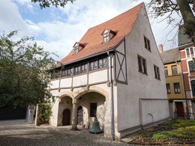 Das Geburtshaus des Reformators Martin Luther (1483-1546) in Eisleben (Sachsen-Anhalt). Foto: Peter Endig/dpa