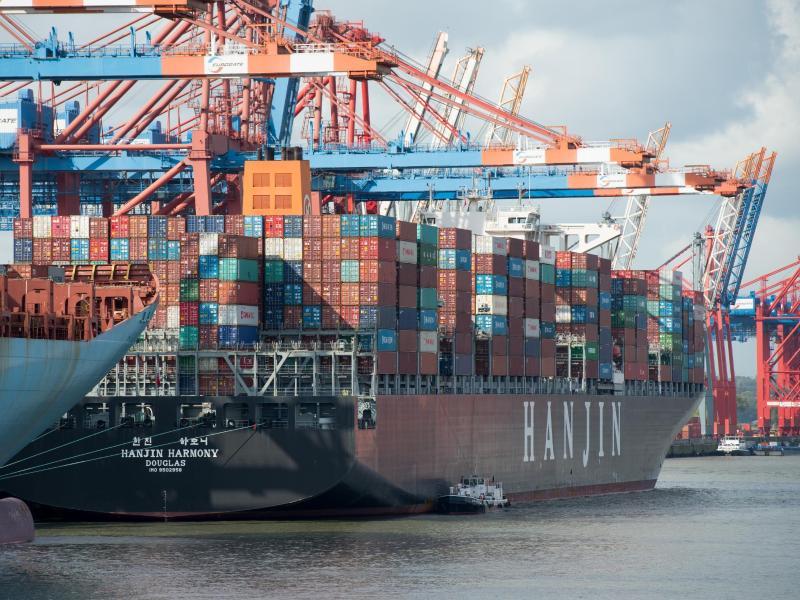 Japanische Schifffahrt-Unternehmen bündeln Containergeschäft