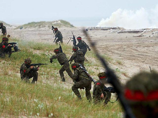 """Etwa 6000 Soldaten nahmen am """"Baltops""""-Manöver in Estland, Finnland, Deutschland, Schweden und Polen teil. Foto:Adam Warzawa/Archiv/dpa"""