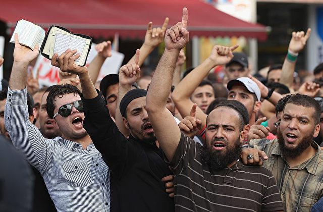 Muslime protestieren in Deutschland. Foto: Sean Gallup/Getty Images