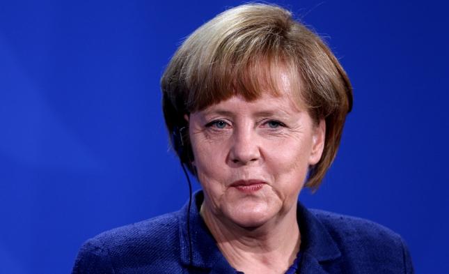 Autor John le Carré lobt Merkel