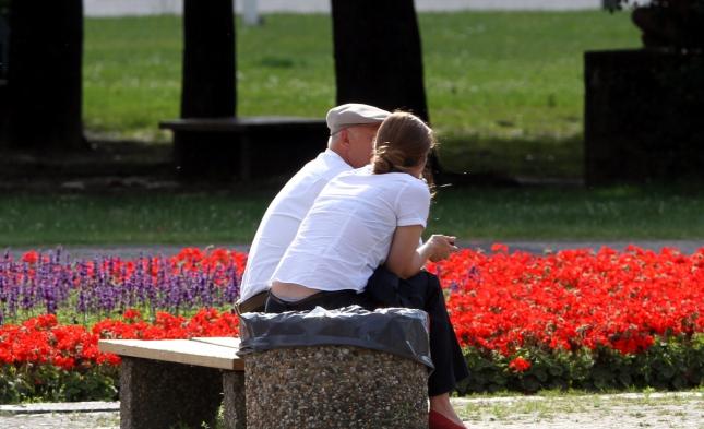 Sozialbeirat fordert Steuerfinanzierung der Renteneinheit