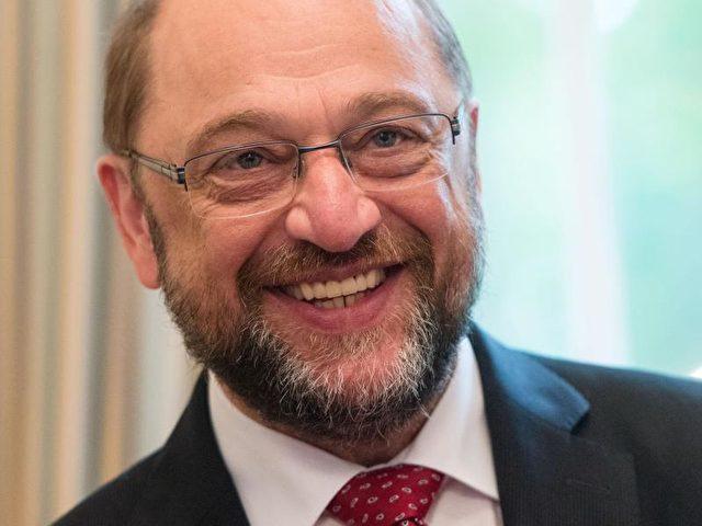 Der SPD-Europapolitiker Martin Schulz (SPD) will den Vorsitz des EU-Parlaments abgeben und in die Bundespolitik wechseln. Foto: Bernd Thissen/Archiv/dpa