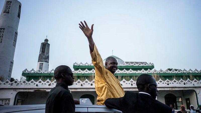 Oppositionspolitiker Barrow ist Gambias neuer Präsident